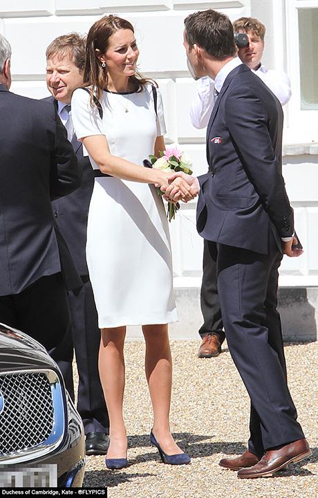 royals_greenwich_twelve